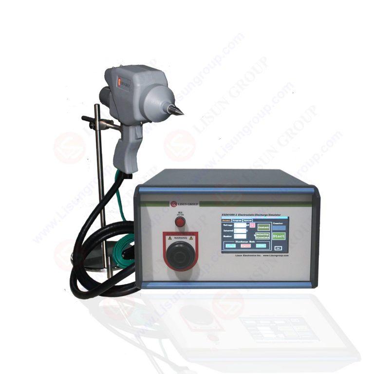 Simulador de descarga electrostática